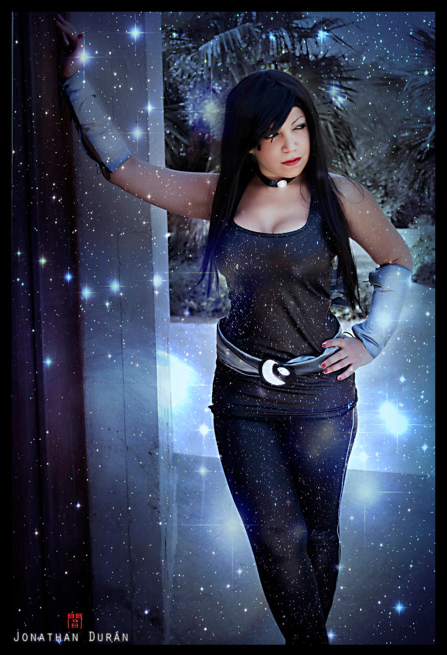 Donna Troy - A whisper from the Moon by JonathanDuran