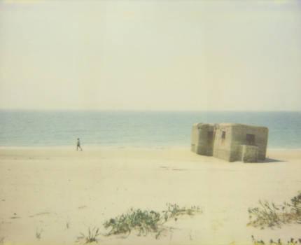 solitude as bunker by buhoazul