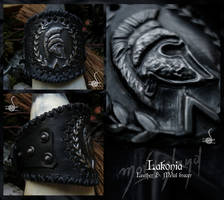 'Lakonia' bracer by morgenland