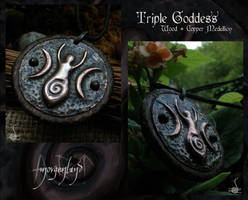 Triple Goddess medallion 2 by morgenland