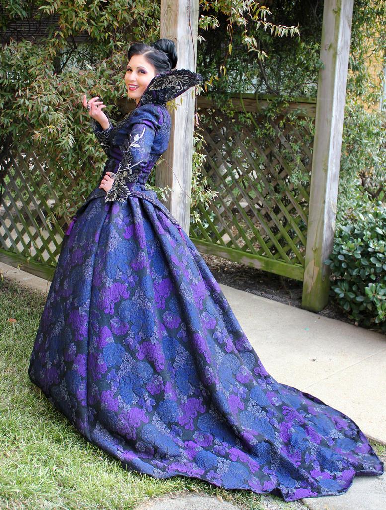 Evil Queen Purple Prom Dresses