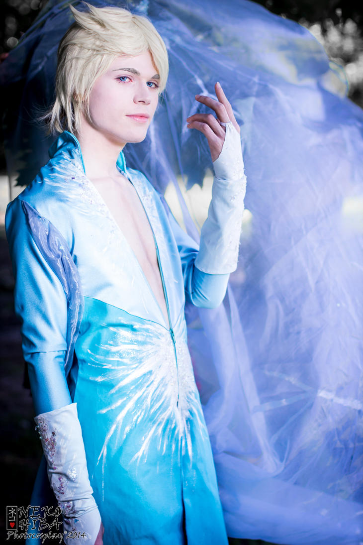 King Elsa Cosplay (Male Version - Elias) - Frozen by DakunCosplay