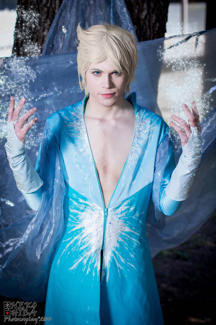 King Elsa Cosplay (Male Version - Elias) - Power