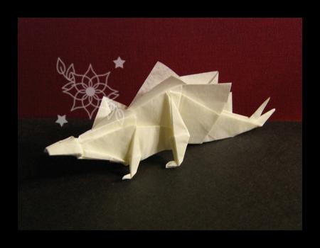 Stegosaurus by mnemosynestar