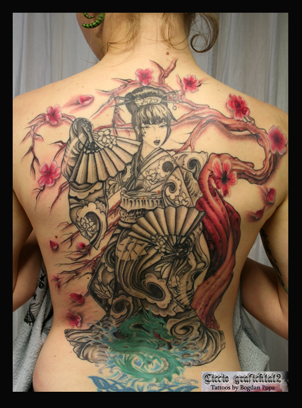 Women Back Piece Japanese Geisha Tattoo Picture 3