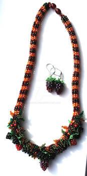 Autumn Bounty Collar