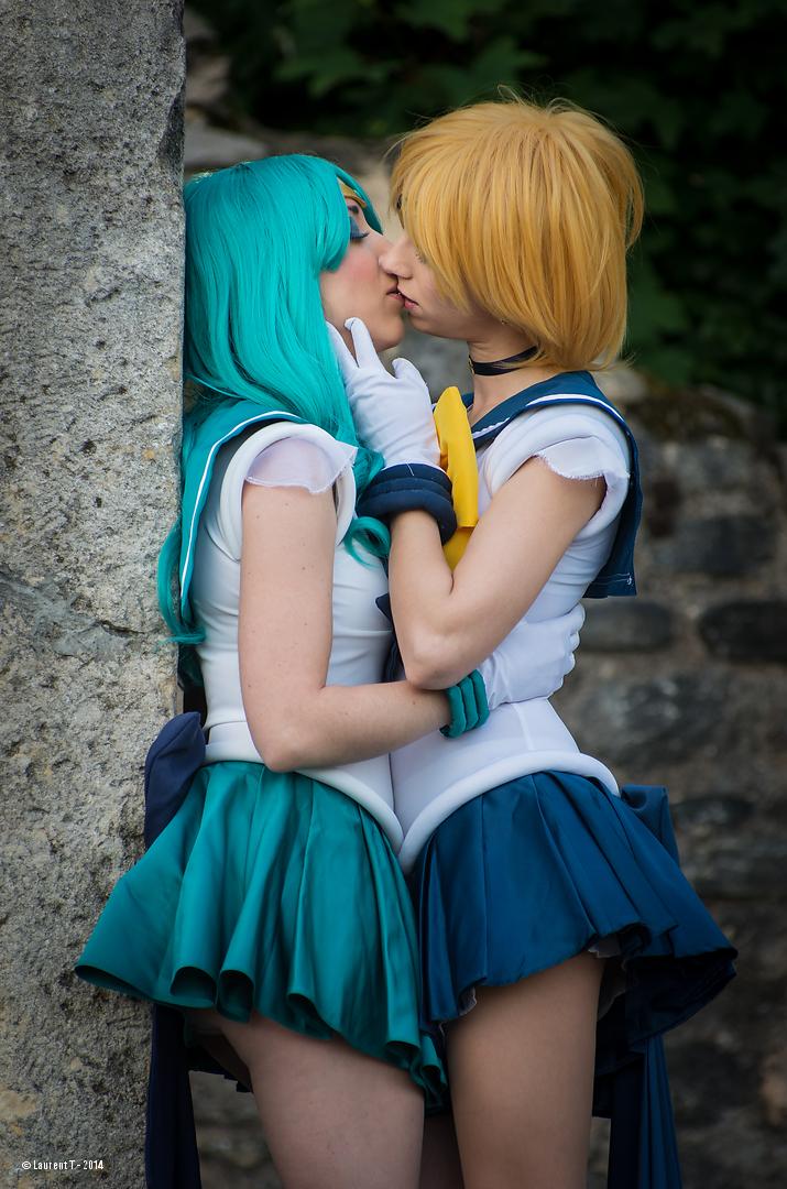 Sailor uranus and Neptune kiss by PsykoMei on DeviantArt