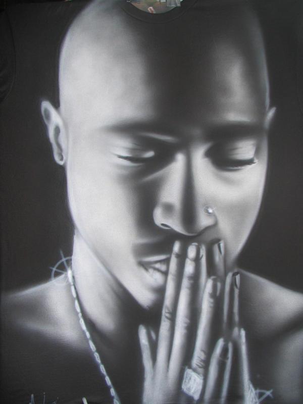 Tupac by nietallic