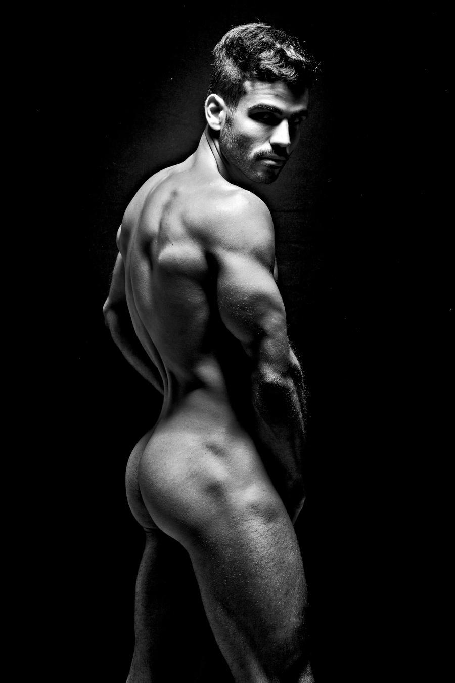 Фото парень голый