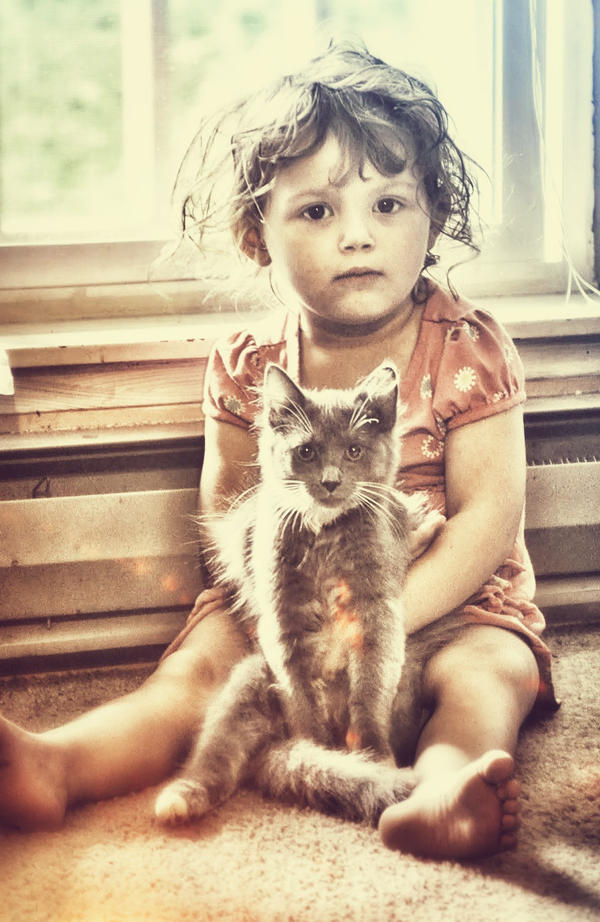 I caught the kitty by SofiaERamirez
