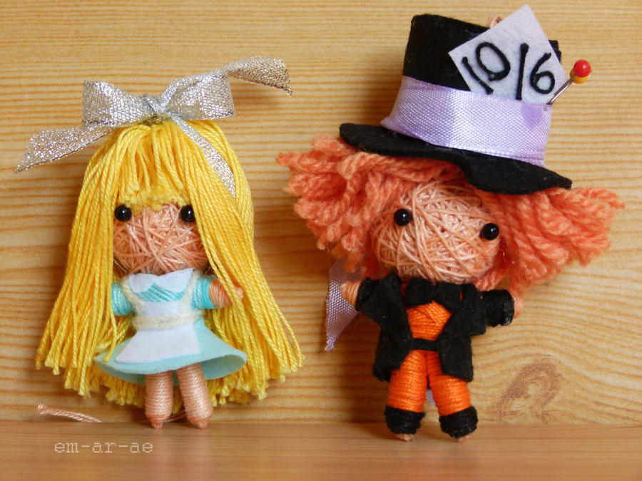 Alice and Mad Hatter by Em-Ar-Ae