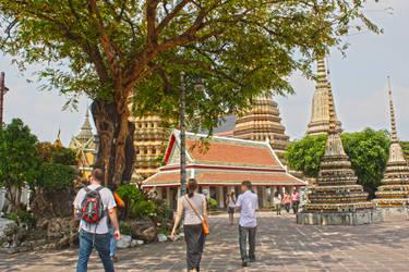 Wat Pho Temple Thailand by Em-Ar-Ae
