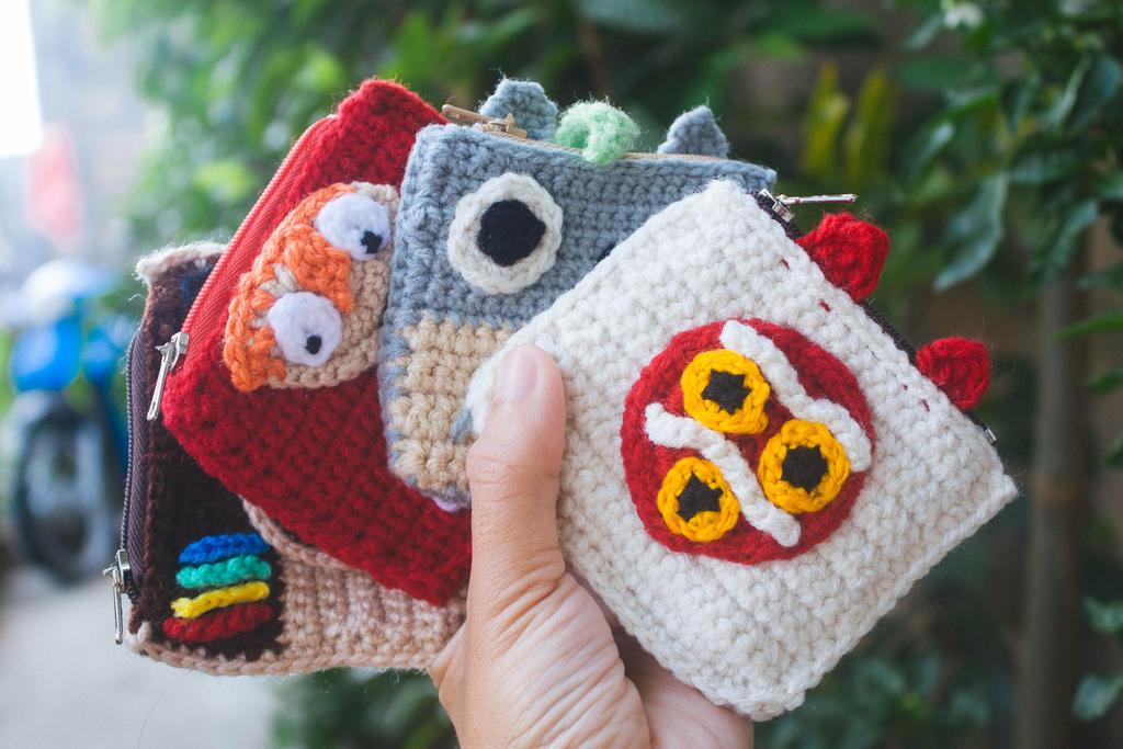 crocheted coin purse by Em-Ar-Ae