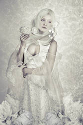 Wrong Alice - White Queen by Itonia