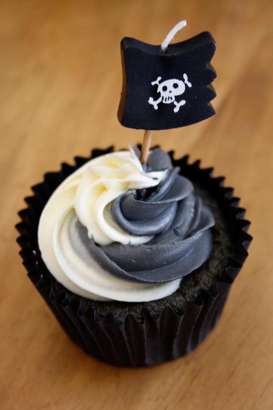Pirate Cupcake by behindthesofa