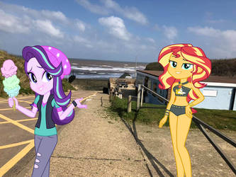 Sunset Shimmer and Starlight Glimmer at the Beach by Rizo2612Studios