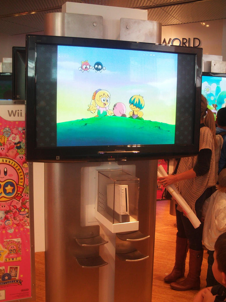 Kirby 20th at Nintendo World 17 by MarioSimpson1