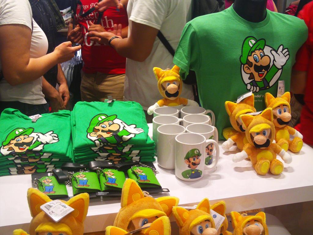 Luigi 30th at Nintendo World 05 by MarioSimpson1