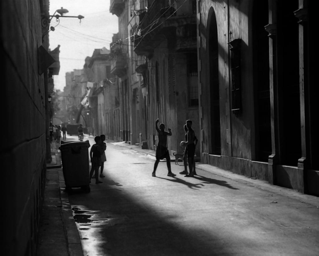 Cuba - Streetscape by kgcreative