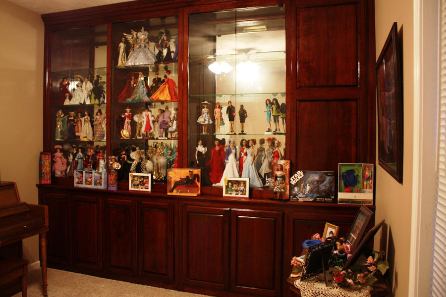 Superbe My Doll Cabinet By Khinson ...