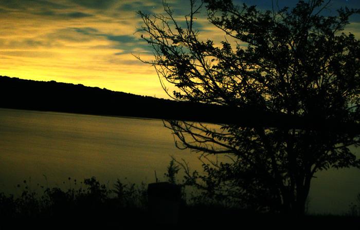 lake by Fu11Co11apse