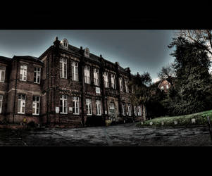 Old mansion by Akmos