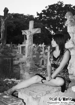 Living Dead Doll 01