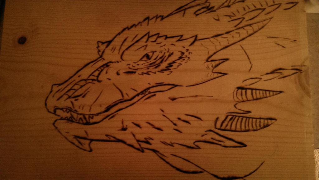 Smaug by Doodlezandstuff1
