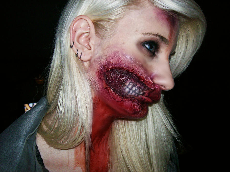 Side view of my Halloween makeup by xTaylorxCottonx on DeviantArt