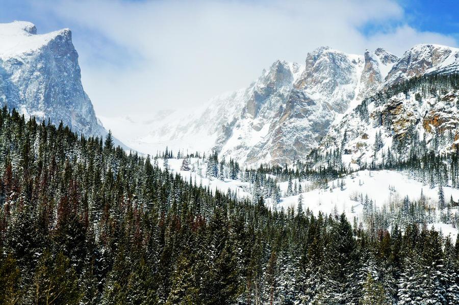 Peaks of Winter by kkart