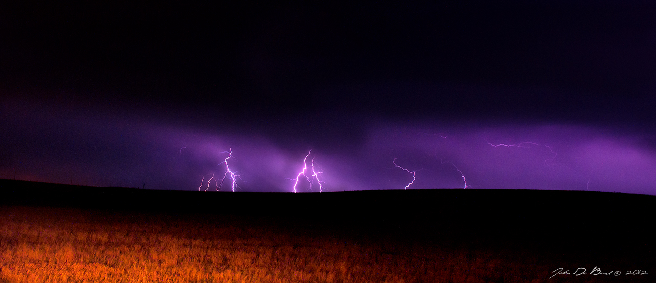 Lightning On The Colorado Plains by kkart