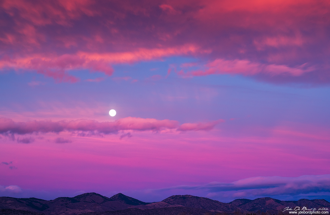 Moonset Over The Foothills by kkart