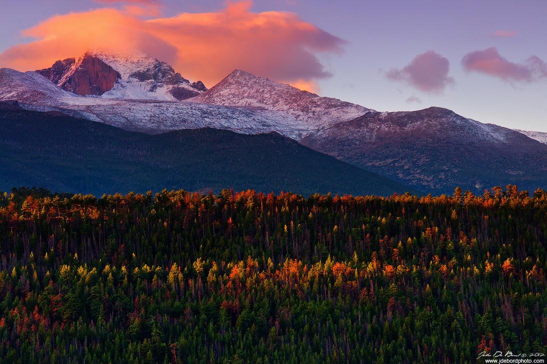 Mountain Sunrises Of Autumn by kkart