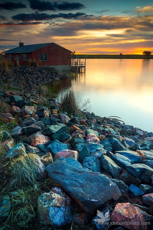 A May Sunrise by kkart
