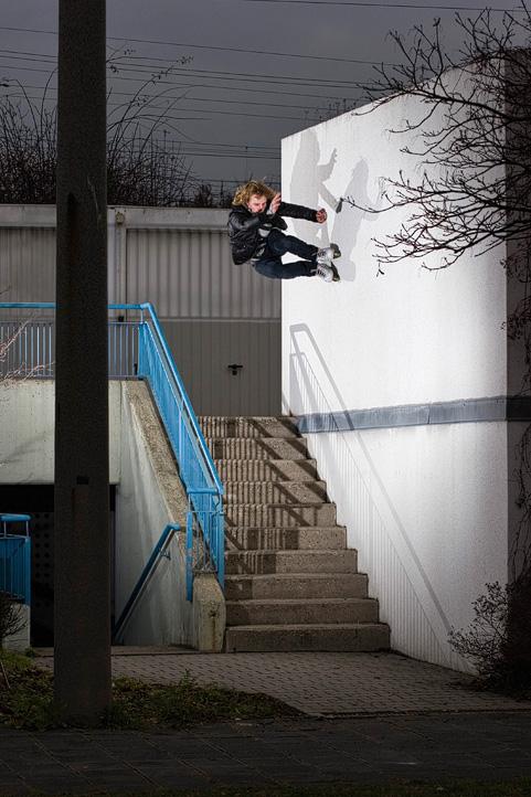 Rollerblading: Wallride to Gap by nofreename