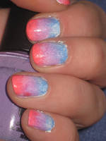 Gradient Nails by Toxic-Sway