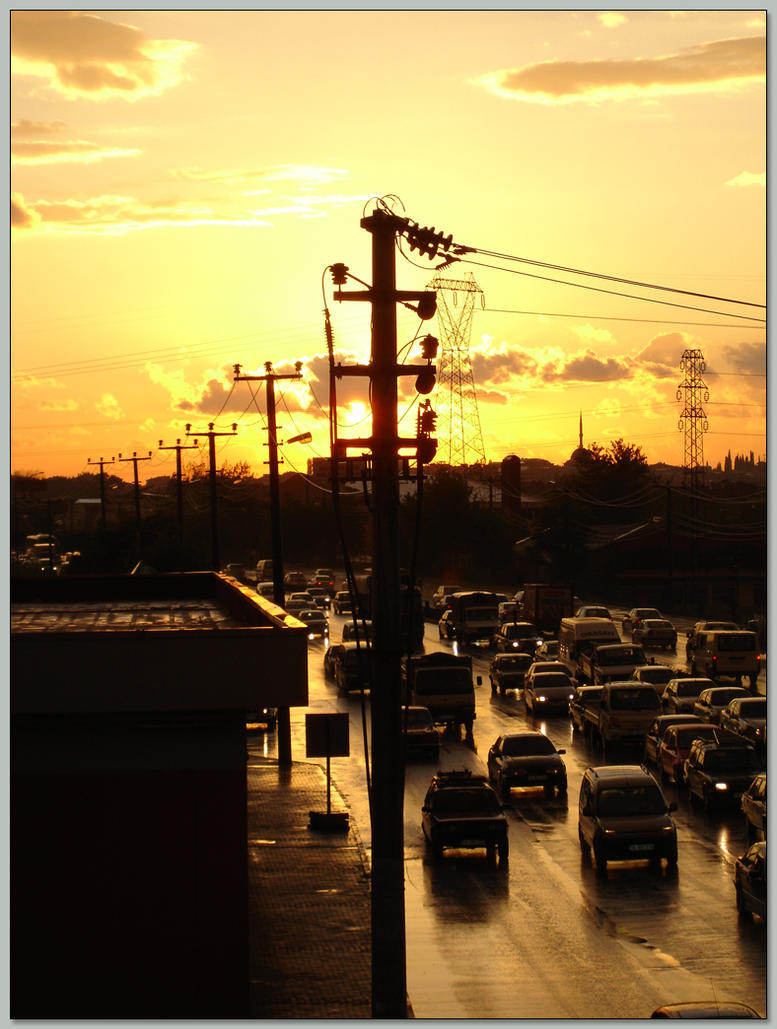 urban sunset by metinisci