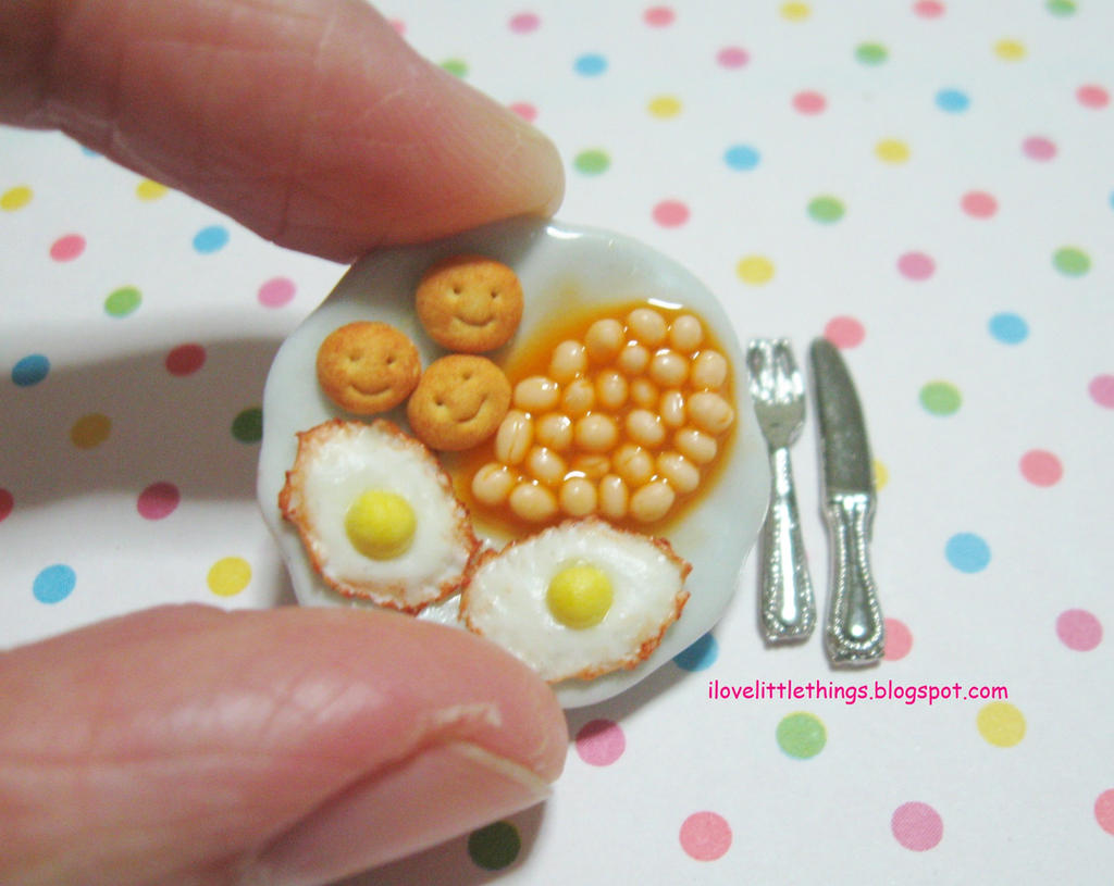 Dollhouse Miniature Baked Beans and Eggs by ilovelittlethings