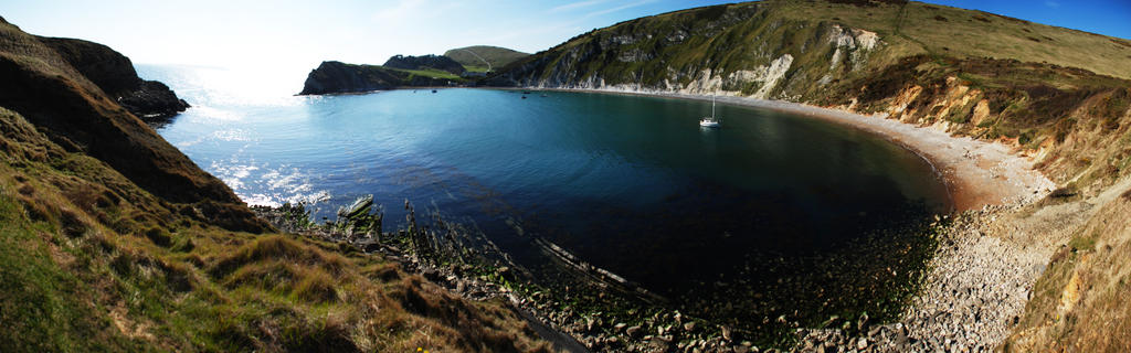 Lulworth Cove by BiodiVersitY