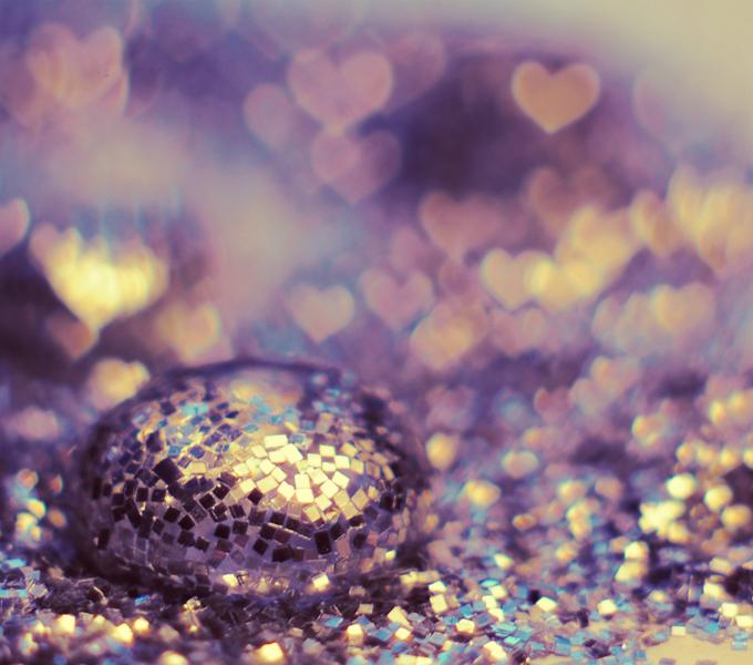 Glitter Love by x-a-e