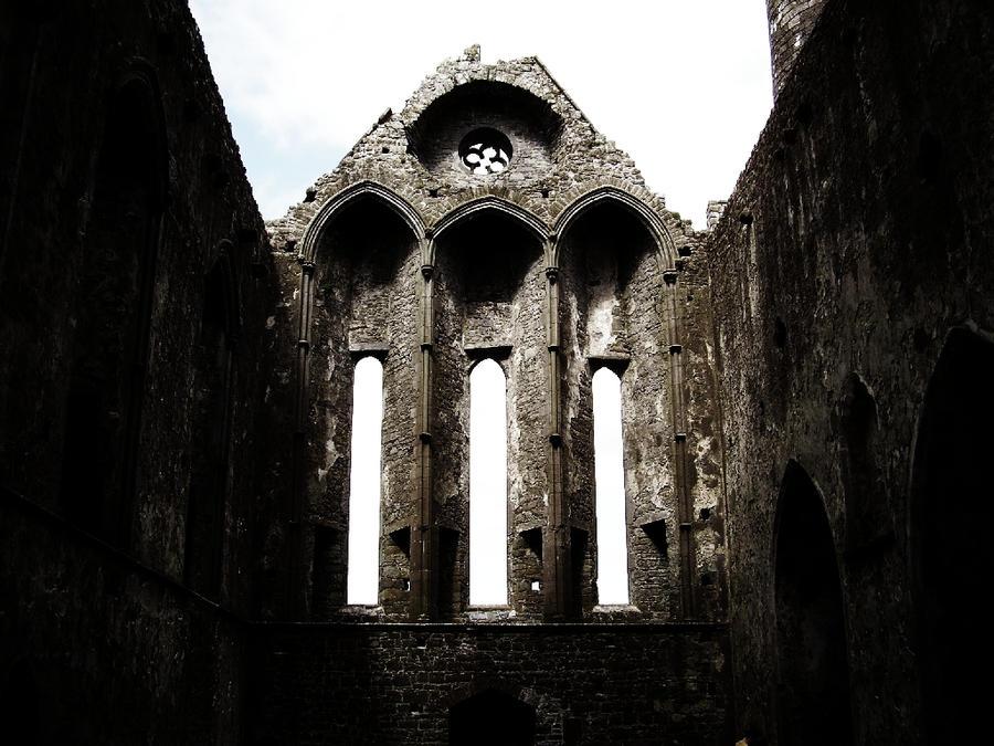 Ruins of Cashel by sahk99