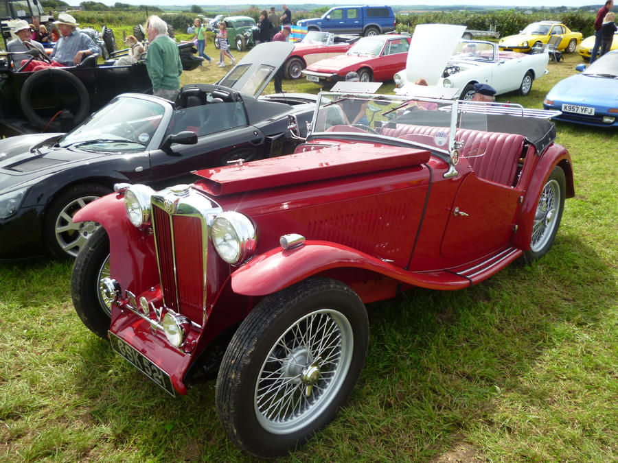 1946 MG TC two door classic British sports car by Xzavier ...