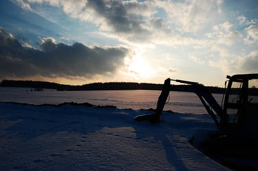 Excavator in the Sun by t1R3d