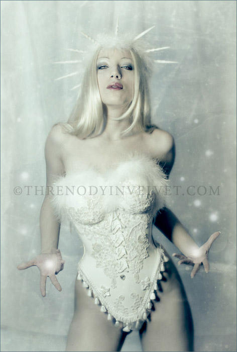 Snow Queen by ladymorgana