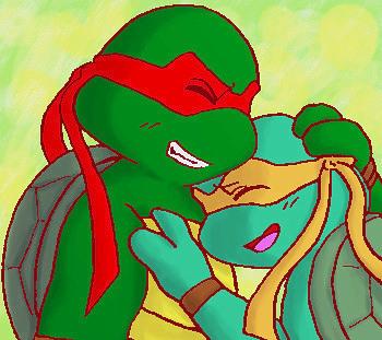 Raph and Mikey-heartwarming- by koju327