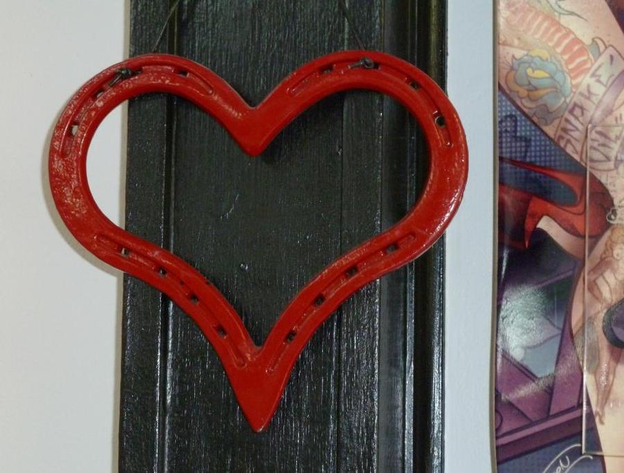 How to make a horseshoe heart for How to make a horseshoe