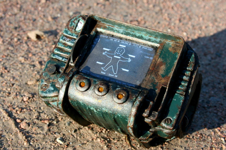 Fallout 3:  Pip-Boy 3000 by Darksamu