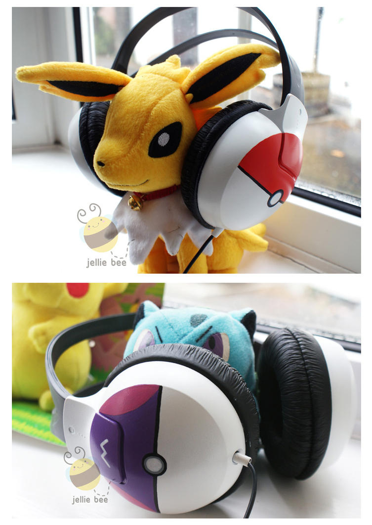 Pokeball Headphones Pic 2 by ditto9