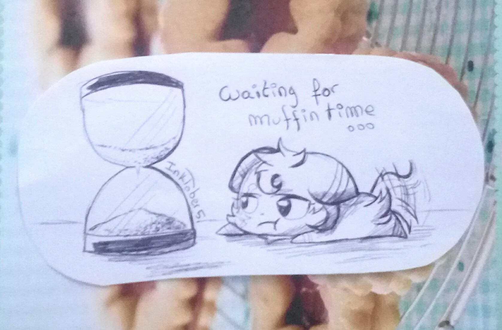 Galerie d'un p'tit chat! - Page 6 _inktober__5__waiting_for_muffin_time_by_meyan_chama-dbplj35