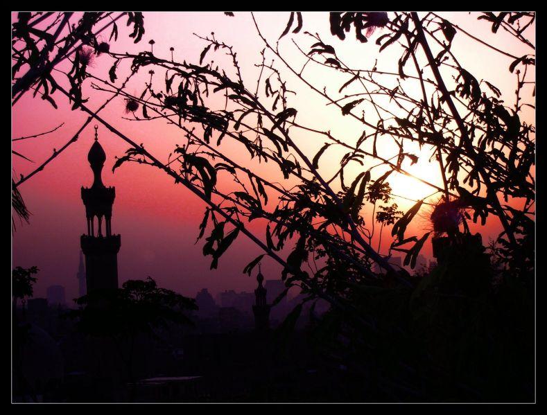 A Silhouette's Story by rabiya-aysu